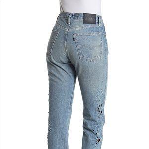 NWT Levi's cutout crop 501 jeans